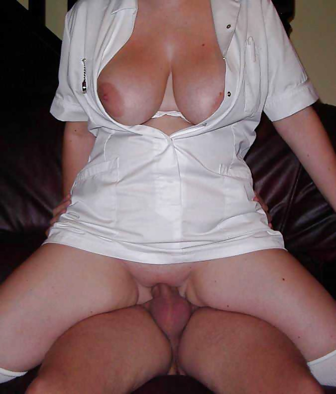 Amateure blonde Fraue in gratis Bildern