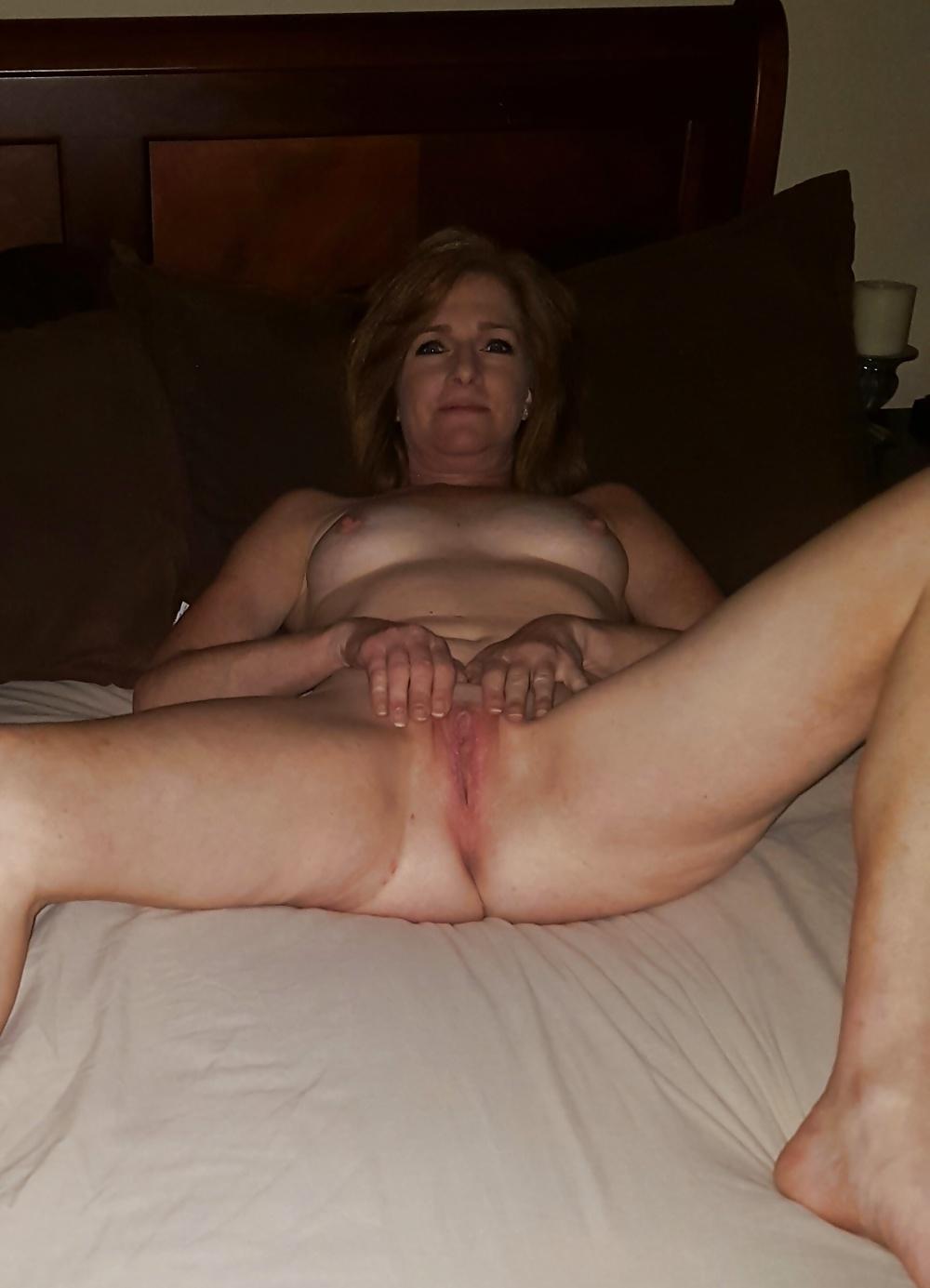 Erotische Mature Blonde in kostenlos Fotos - Bild 4