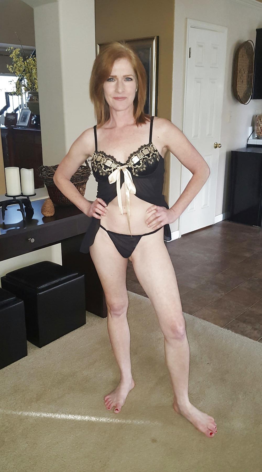 Erotische Mature Blonde in kostenlos Fotos - Bild 6
