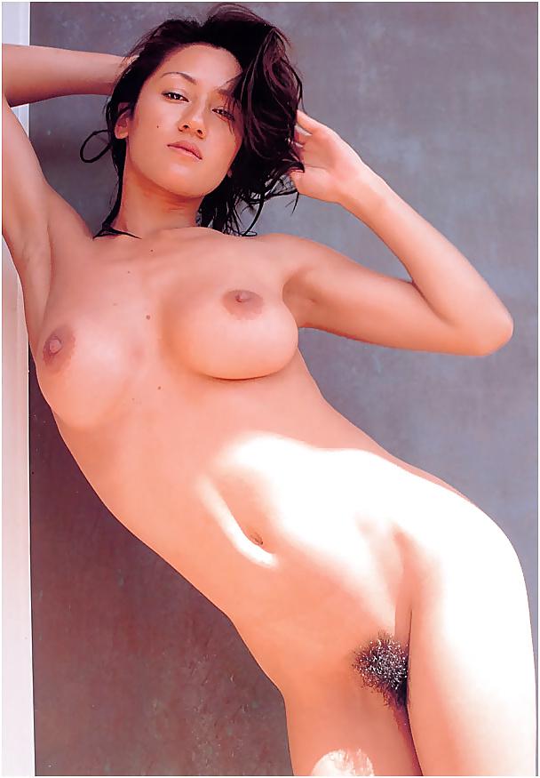 Berühmte Asian Pornostars in Sexbildern freie erotik bilder