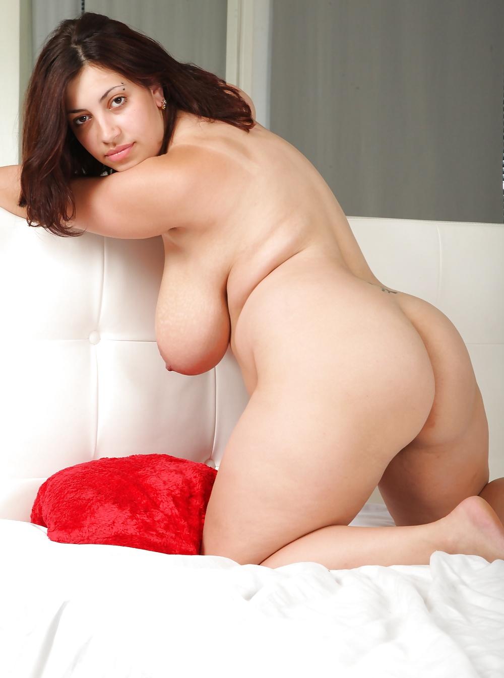 Schönste mollige Mädchen aus Schweiz nackte mollige mädchen - Bild 9