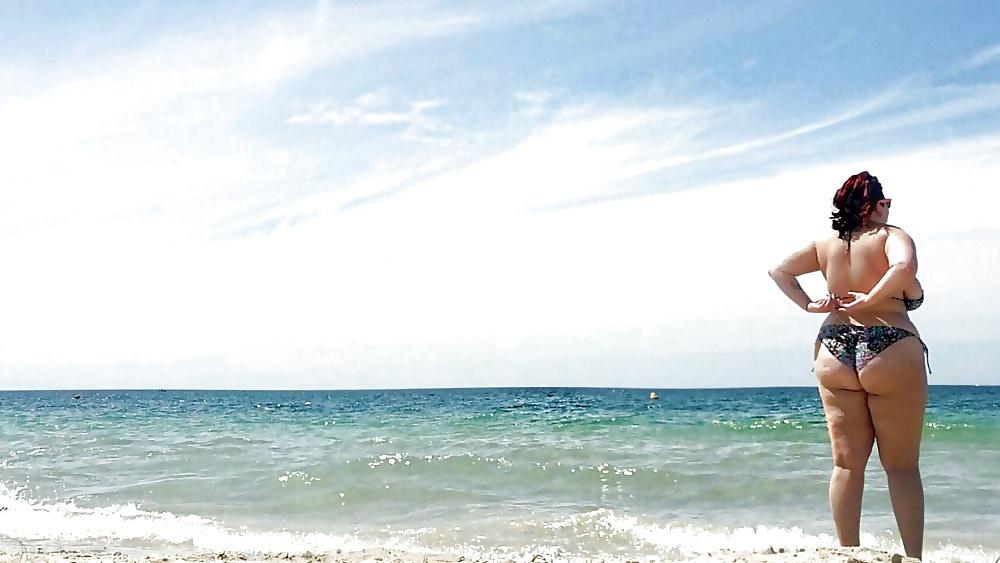 Schöne reifen am Strand in gratis Bildern pornografische bilder kostenlos - Bild 2