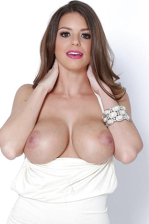 Erfahrene Schauspielerin in gratis Nacktbildern
