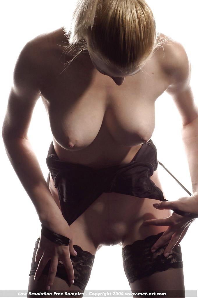 Nacktfotos von berühmten Hündin aus Schweiz sexbilder gratis ansehen
