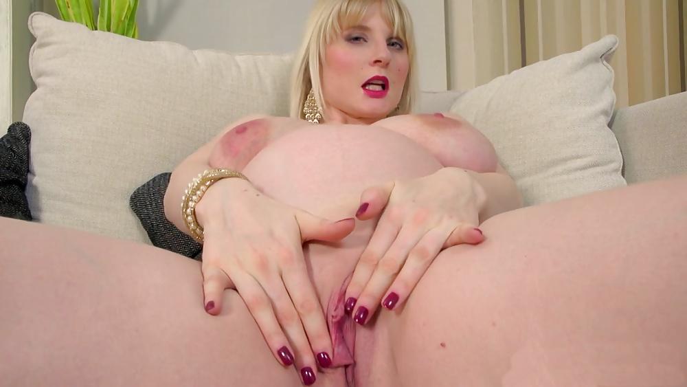 Blondine mag Sex, fickt sie in verschiedene Positionen free - Bild 8