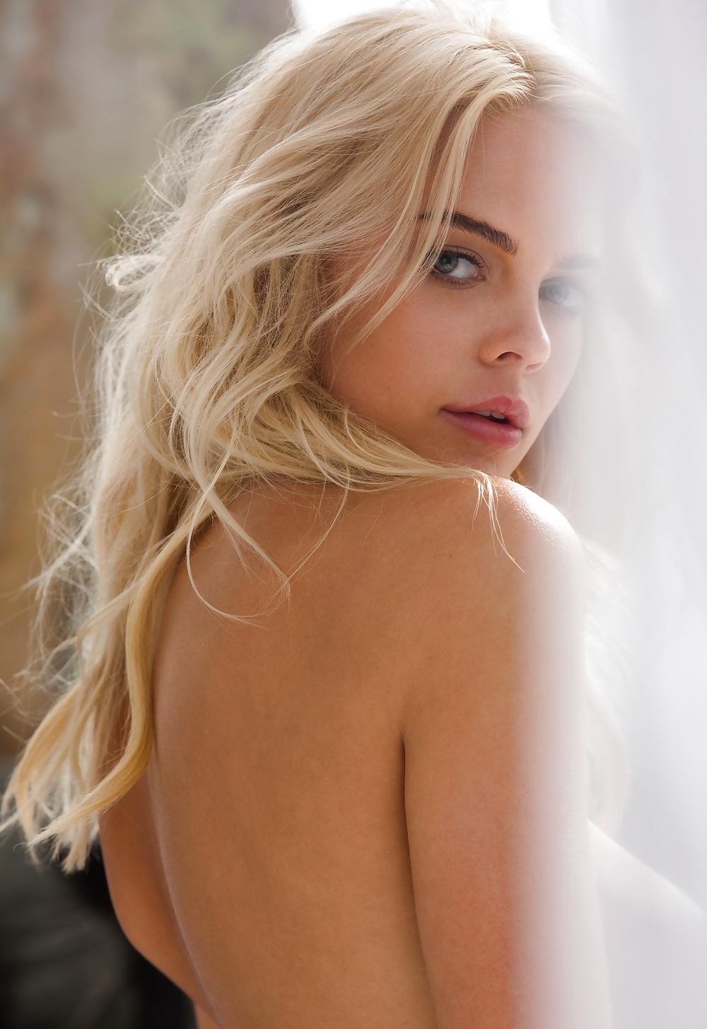 Kostenlose Acktfotos von wunderschöne Blondienen