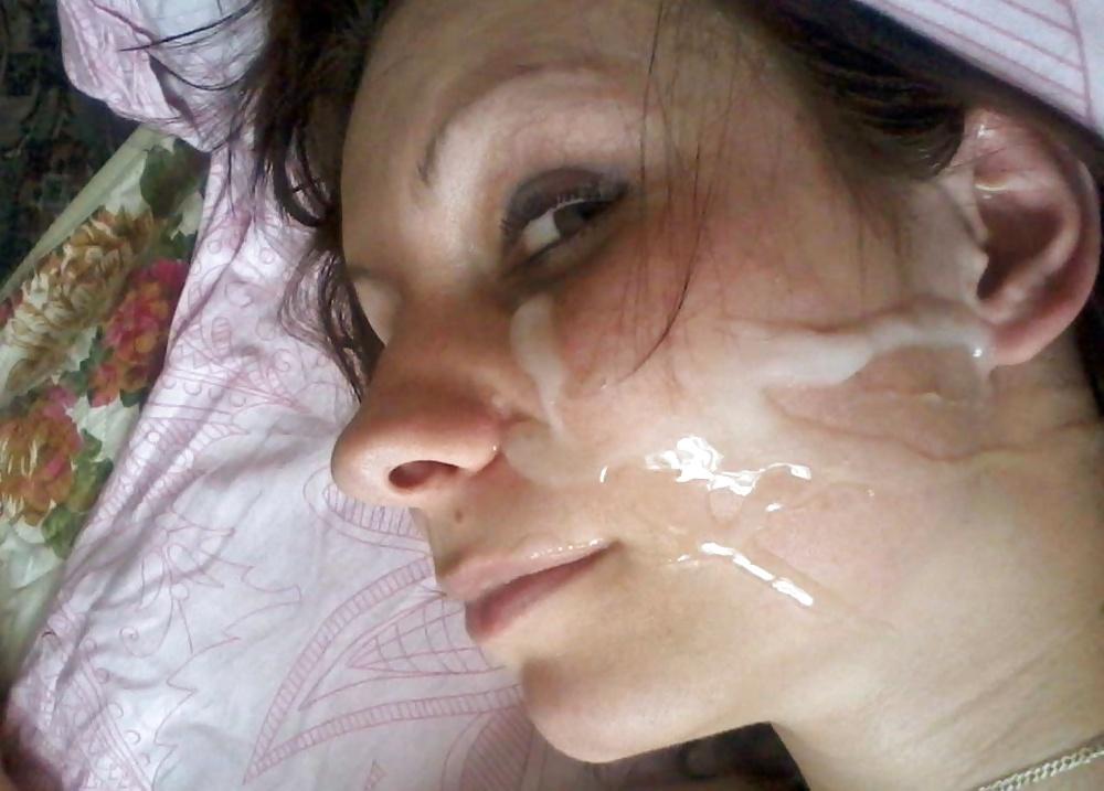 Die Flittchen mag den Rotz auf ihrem Gesicht. - Bild 5