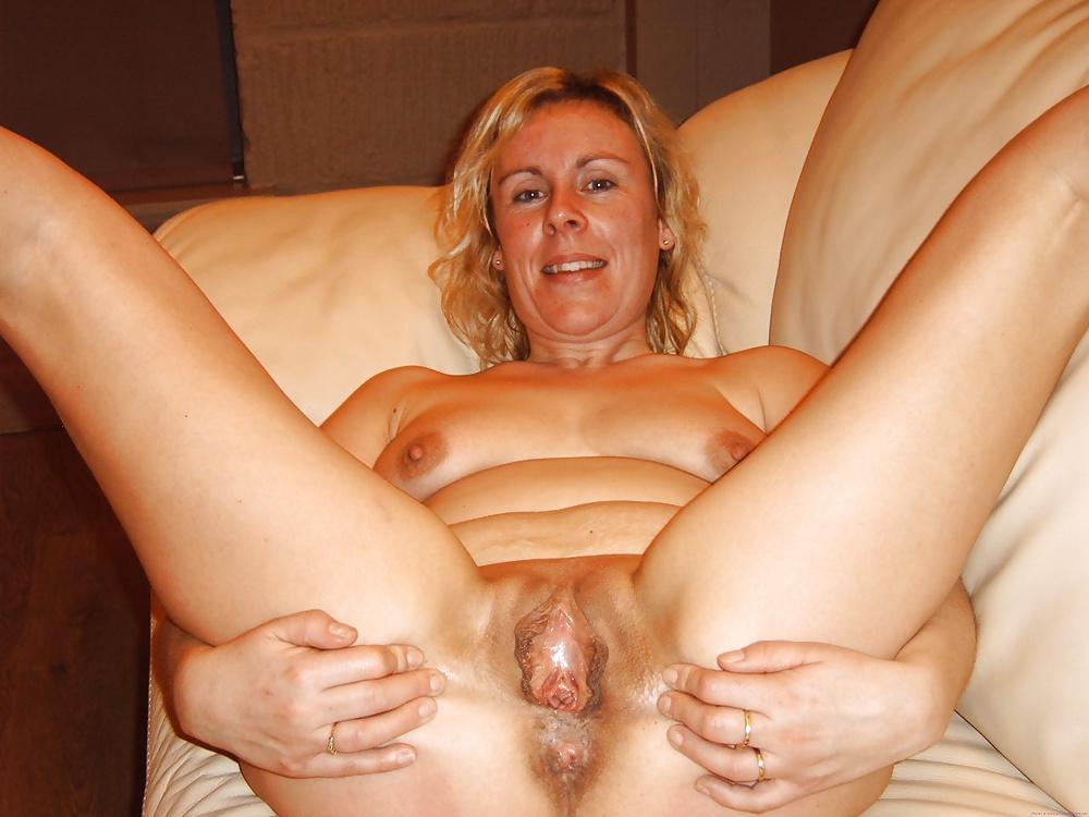 Nackt frauen50 Nackte Mütter