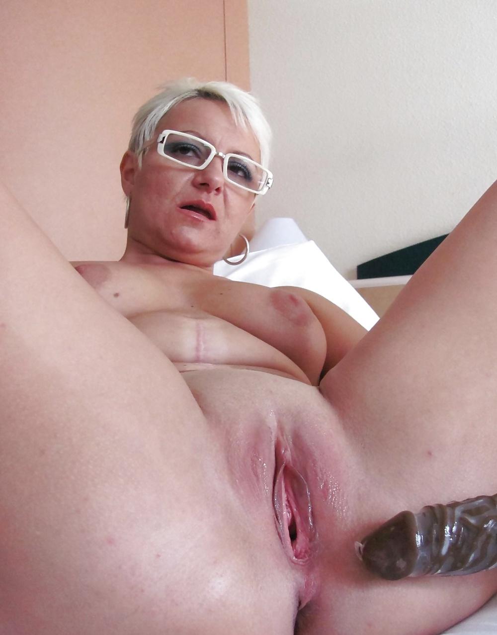 Mutter spielt mit Penis in Baden-Wüttemberg - Bild 10