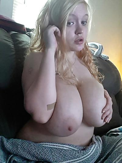 Große Brüste in den Bilder - Bild 2